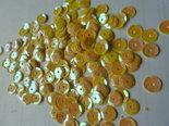Parelmoer-pailletten-8mm-geel-goud